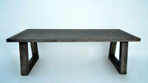 Comment entretenir une table en chêne ?