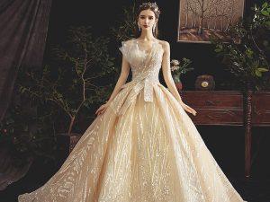 Que porter à un mariage pour être l'invitée parfaite ?