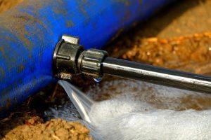Fuite d'eau : comment réparer temporairement ?