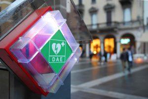 En 2025 on pourra mettre la main sur 1 DAE en moins de 4 minutes, partout en Europe