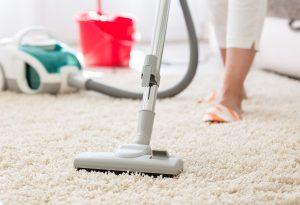 Nettoyer soi-même son appartement ou faire appel à un Pro?