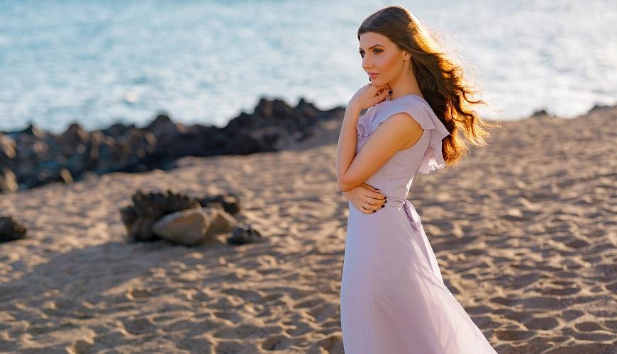 robe de soirée lilas longue asymétrique à volant