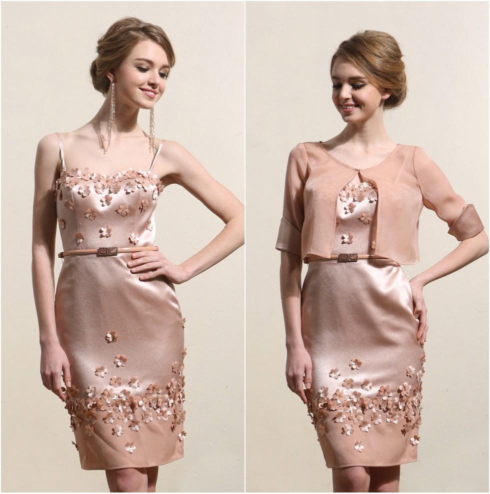 robe mère mariée rose courte embelli de fleurs 3D