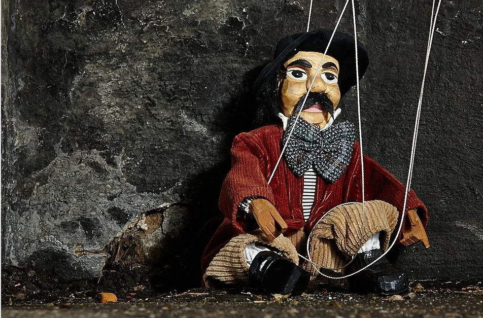 Fêter un anniversaire avec un spectacle enfants de marionnettes