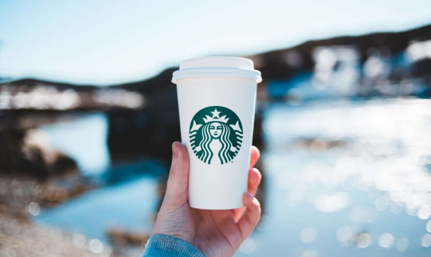 Pourquoi opter pour un gobelet café personnalisé
